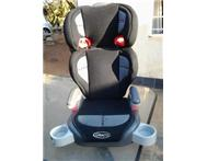 KIDS GRACO CAR BOOSTER SEAT