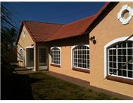 Townhouse to rent monthly in GARSFONTEIN PRETORIA