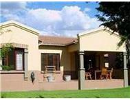 2 Bedroom Townhouse to rent in Douglasdale