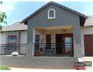 Townhouse For Sale in BENDOR POLOKWANE(PIETERSBURG)