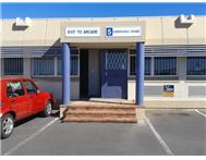 Commercial property to rent in Wynberg