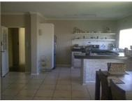 3 Bed Apartment - BLOUBERG