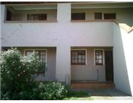 R 385 000 | Townhouse for sale in Witpoortjie Roodepoort Gauteng
