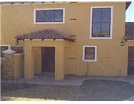 Townhouse to rent monthly in MIDSTREAM ESTATE MIDRAND