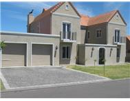 House For Sale in BOSCHENMEER PAARL
