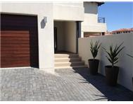 Property for sale in Greenstone Hill