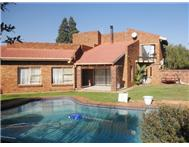 3 Bedroom House for sale in Sunward Park