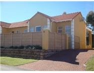 R 1 200 000 | Townhouse for sale in Beacon Bay East London Eastern Cape