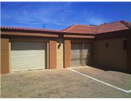 Townhouse For Sale in LANGENHOVENPARK Bloemfontein
