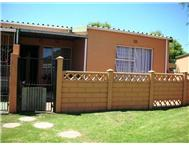 Townhouse Pending Sale in FLORIDA ROODEPOORT