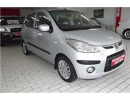 HYUNDAI i 10 1 2 GLS 5 DOOR HATCH. ONLY 23 000 KM
