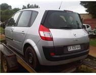 Renault Scenic II 2.0liter 16v. Stripping for spares