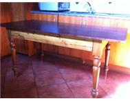 STINKWOOD ANTIQUE DINING TABLE R3000