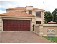 3 Bedroom House for sale in Bonaero Park & Ext