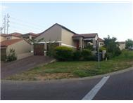 2 Bedroom cluster in Johannesburg North / Fourways Border