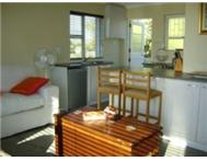 Flamingo vlei close to the lake great area 2 bed upstairs