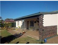 3 Bedroom House for sale in Klerksdorp