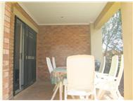 3 Bed 2 Bath House in Mooikloof