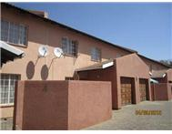 3 Bedroom Townhouse to rent in Middedorp