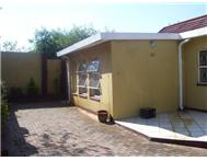 1 Bedroom House to rent in Westdene