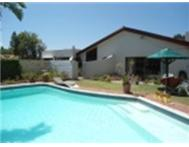 HOLIDAY HOUSE BLOUBERG STRAND AREA CAPE TOWN