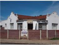 R 380 000 | House for sale in Uitenhage Central Uitenhage Eastern Cape