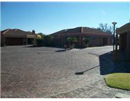 Townhouse For Sale in THREE RIVERS & EXT VEREENIGING