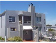 3 Bedroom Apartment / flat for sale in Plattekloof Ext 1