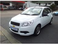 Chevrolet - Aveo 1.6 LS Hatch