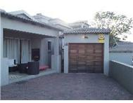 R 1 040 000 | Townhouse for sale in Nelspruit Nelspruit Mpumalanga