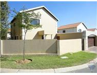 R 1 499 000 | Townhouse for sale in Douglasdale & Ext Sandton Gauteng
