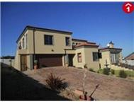 R 1 700 000 | House for sale in Vredenburg Vredenburg Western Cape