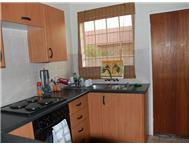 3 Bedroom Townhouse to rent in Honeydew Ridge