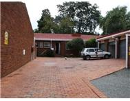 2 Bedroom Townhouse to rent in Westdene