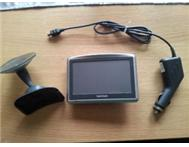 4.3 inch Tomtom xl gps (latest edition)
