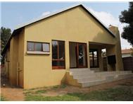 3 Bedroom House for sale in Elarduspark