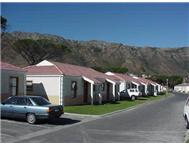 Cluster For Sale in ANCHORAGE PARK GORDONS BAY
