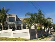 4 Bedroom house in Waterkloof Ridge