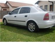 White Opel Astra 1.8 Model 2003