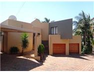 R 2 350 000 | Duet for sale in Faerie Glen Pretoria East Gauteng