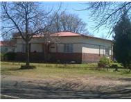 R 240 000 | House for sale in Petrus Steyn Petrus Steyn Free State