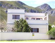 4 Bedroom House to rent in Hermanus