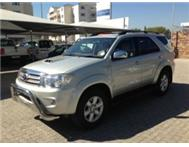 2009 4X4 TOYOTA FORTUNER D4D NOW ON FINANCIAL YEAR END SPECIAL!