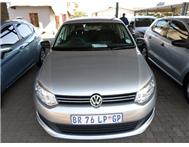Volkswagen (VW) - Polo Sedan 1.6 Trendline