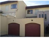 3 Bedroom Townhouse for sale in Southernwood
