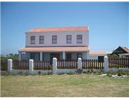 4 Bedroom house in Sandbaai