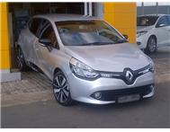 Renault - Clio IV Turbo Dynamic