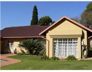 House For Sale in FERNDALE RANDBURG