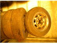 13 rims tyres for nissan ldv
