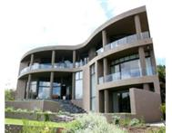 PLATTEKLOOF - LUXURY VILLA - HIGH UP ON HILL - STUNNING VIEWS